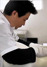 1級義肢製作・2級装具製作技能士 高橋英悟